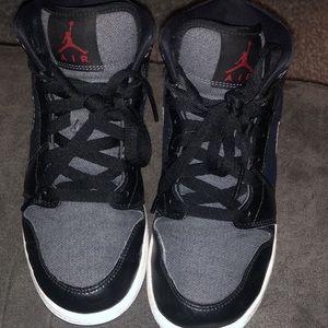 Boys nike air Jordan's size 5Y